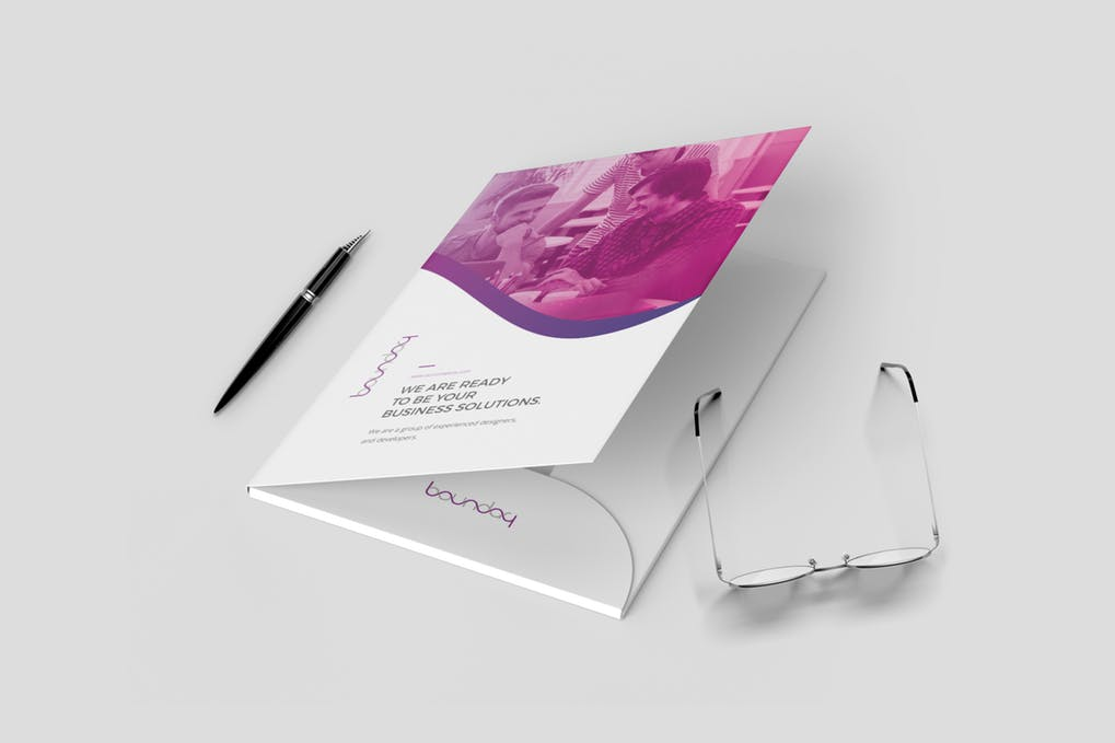 Presentation Folders on Art Paper 250 GSM