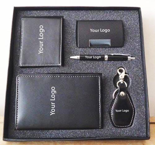 Customized corporate gift kits